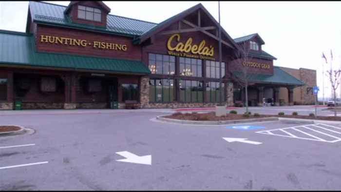 Cabella's Closing