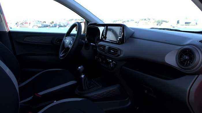 The new Hyundai i10 in Dragon Red Interior Design