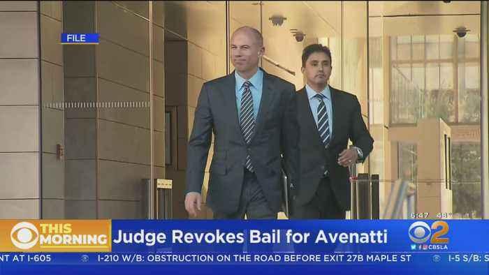 Michael Avenatti Stays Behind Bars After Judge Revokes Bail
