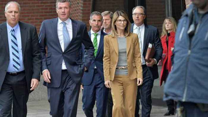 Lori Loughlin accused of withholding evidence in college bribe case