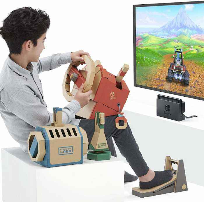 Create your own controller with this gaming set
