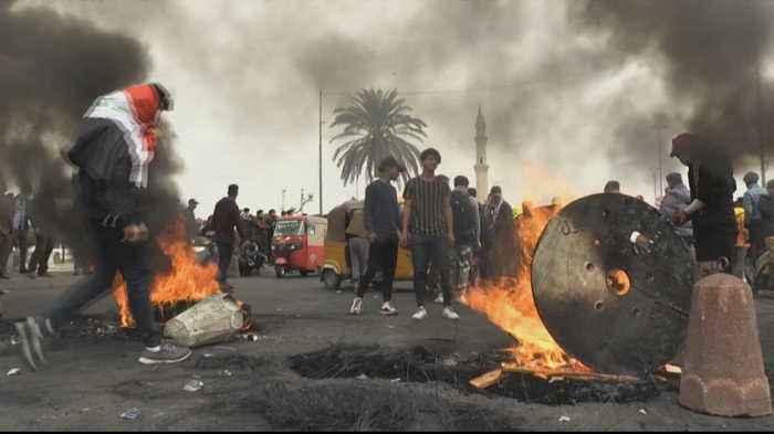Iraq protesters threaten to block main roads