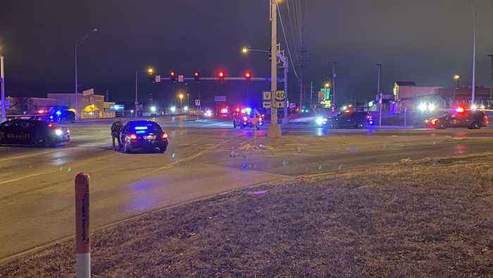 At Least 2 Dead In Shooting Outside Kansas City Nightclub