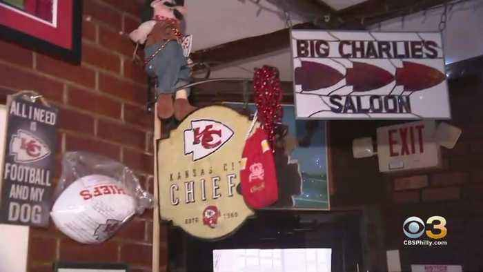 Former Eagles Coach Andy Reid Receiving Lots Of Support From Local Saloon