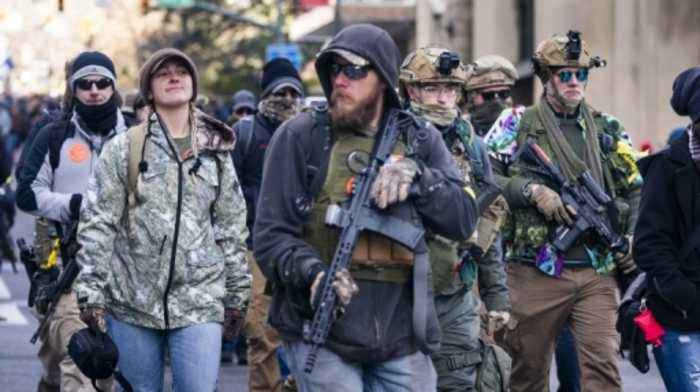 US gun-rights activists rally in their thousands