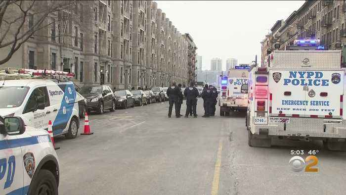 1 Dead, 2 Hurt In Harlem Shooting, Suspect At Large