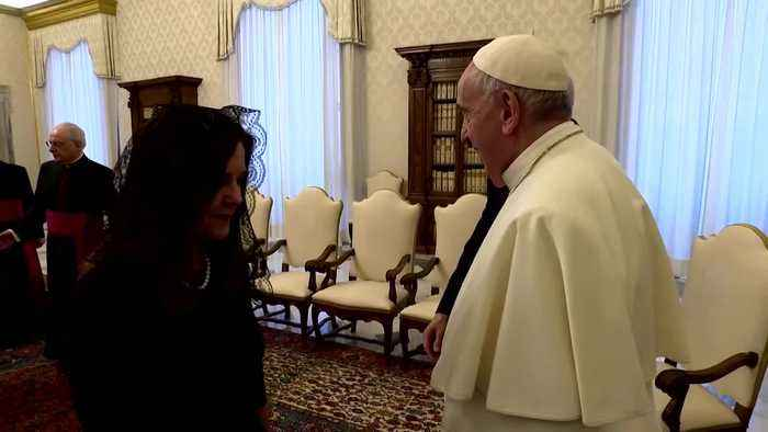 """Pence tells pope, """"You have made me a hero"""""""