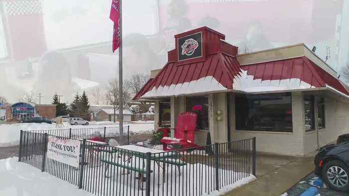 Anchor Bay Pit Stop Diner - The warmest diner in town