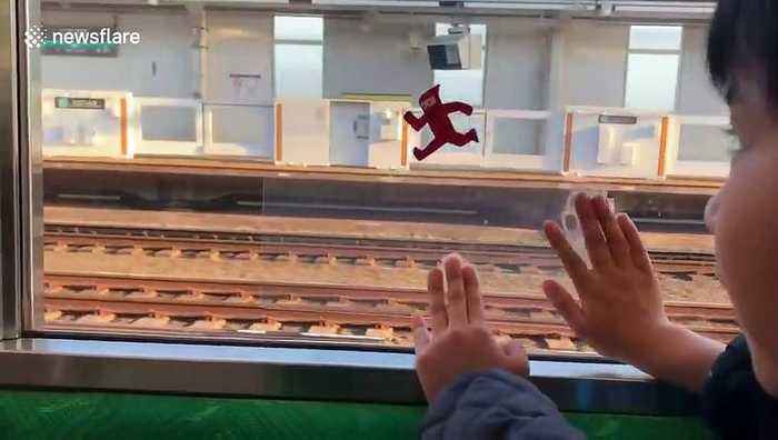 Japanese mum finds cute way to keep son entertained on train ride