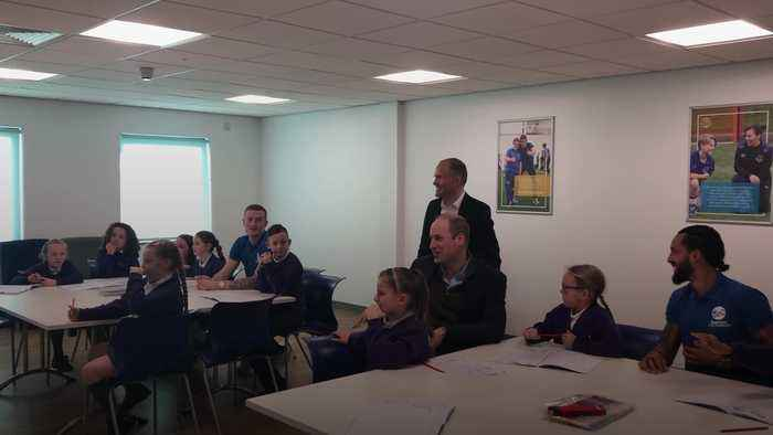 William joins Everton players in promoting mental health scheme