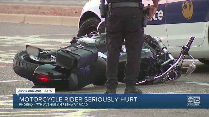 FD: Motorcyclist without a helmet in critical condition after Phoenix crash