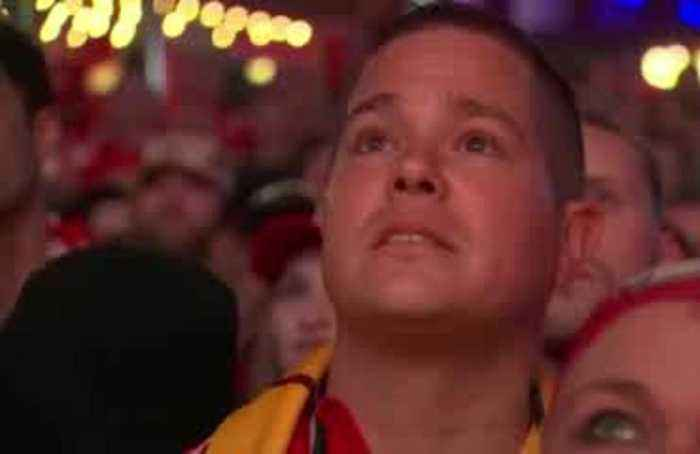 Watch Kansas City fans react to Super Bowl win