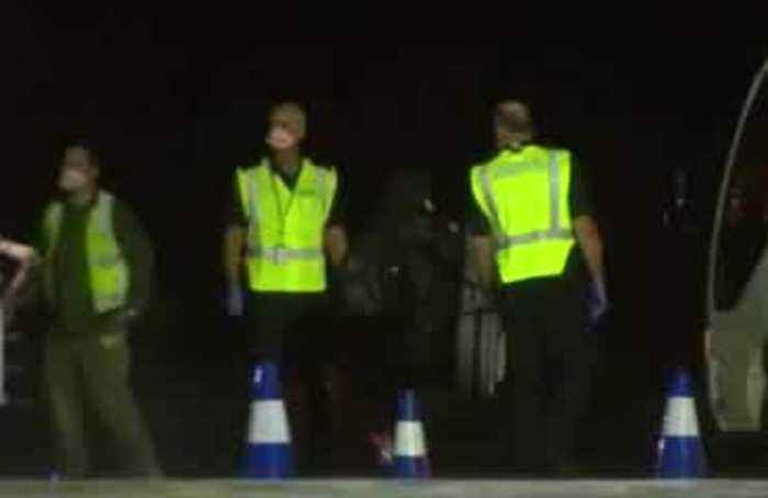 Australians from Wuhan arrive at quarantine