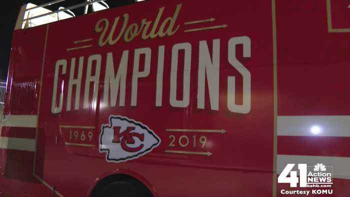 Victory parade buses en route to KC