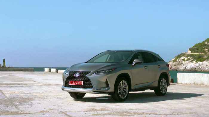 The new Lexus RX450h in Luxury Silver
