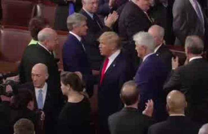 Trump snubs Pelosi, she tears up his speech