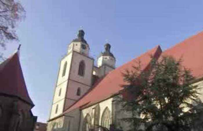 Medieval anti-Semitic sculpture can stay on church: German court