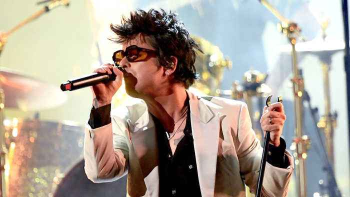Green Day too upset to write new political anthems