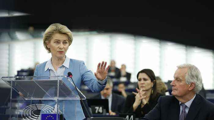 UK should be 'more ambitious' over post-Brexit EU trade, Von der Leyen tells MEPs