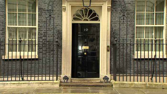 Prime minister appoints new ministers to cabinet