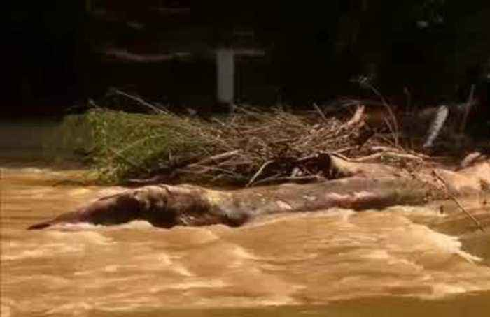 Heavy rain causes flooding in drought-stricken Australia