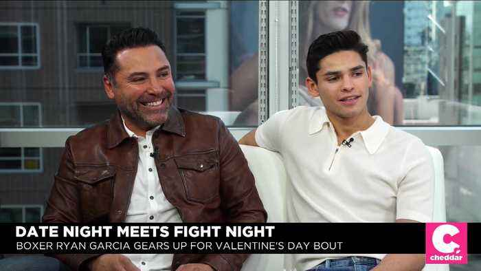 Boxing Legend Oscar De La Hoya Pumps Up Garcia's 'Date' Night Fight