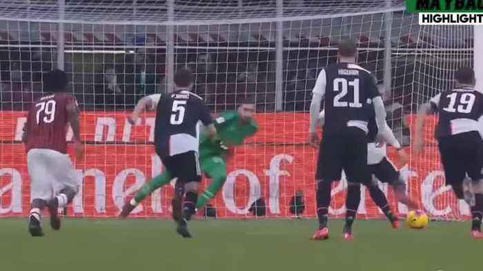 Pénalti de Ronaldo concede empate à Juventus frente ao AC Milan