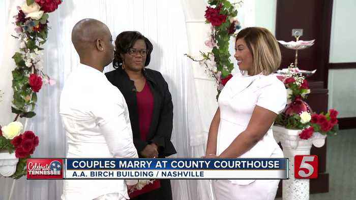Several couples marry at courthouse on Valentine's Day