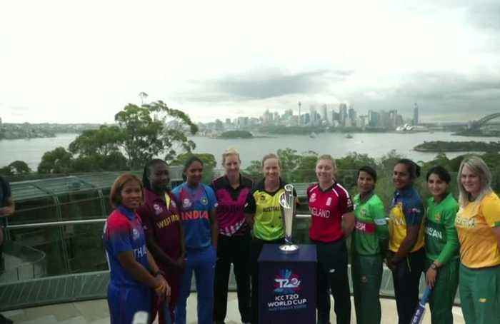 Captains pose with T20 World Cup trophy, Lanning predicts competitive tournament