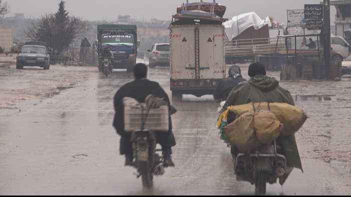 UN calls for Syrian government to open humanitarian corridors