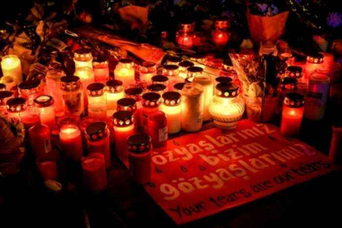 Germany shooting: Vigils held for victims