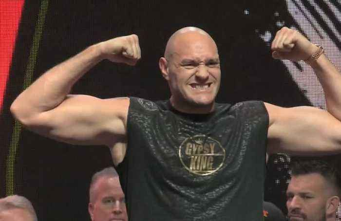 Fury, Wilder bulked up and ready for rematch