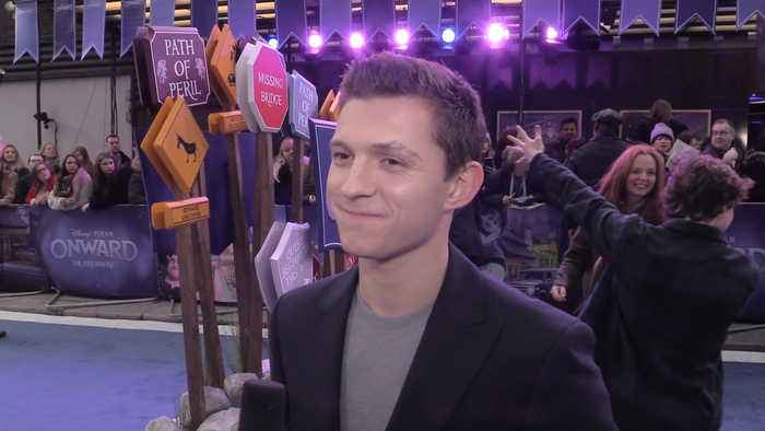 EXCLUSIVE: Tom Holland knows EVERYTHING about 'Spider-Man 3