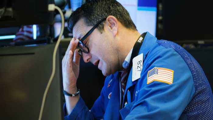 Dow's Drop Continues On Wall Street