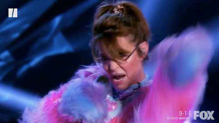 Sarah Palin Raps To 'Baby Got Back' In Unbelievable Episode Of The Masked Singer