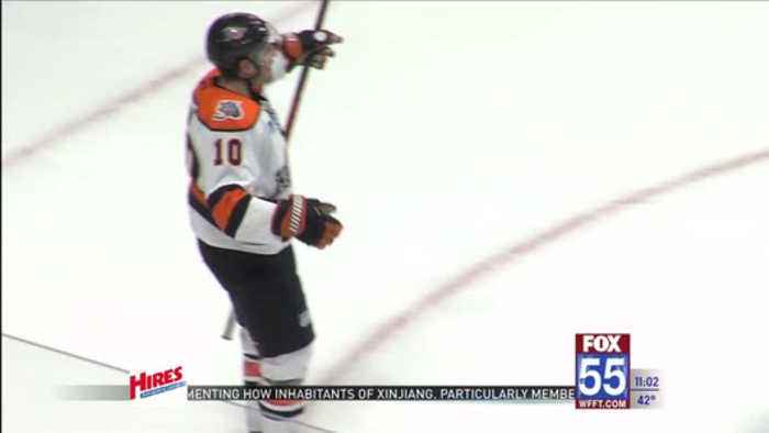 Five goal third period pushes Komets past Thunder