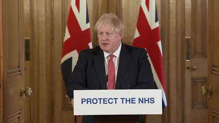 Boris Johnson: Public should follow social distancing advice