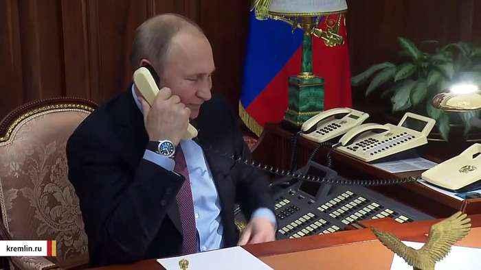 According To Internet, Putin Has Lions Guarding Streets Amid Coronavirus Lockdown