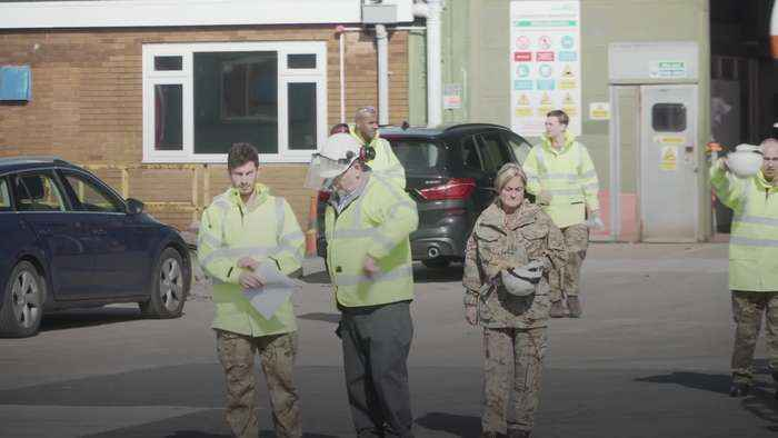 Service personnel prepare to step in to deliver oxygen to NHS