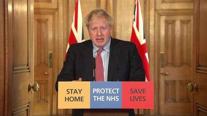 Prime Minister: 405,000 people volunteer in NHS coronavirus effort
