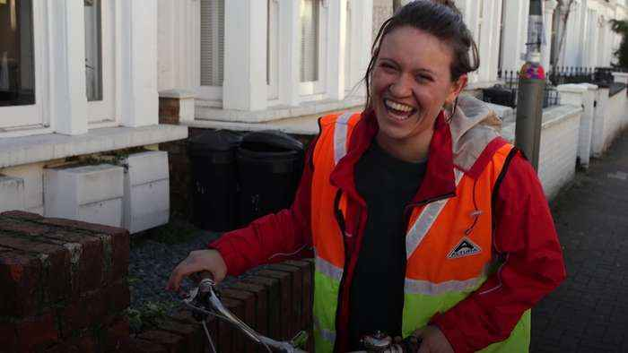 South-west London's 'book fairy' delivering books around the area