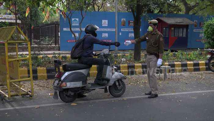 Delhi wakes up to deserted roads and empty markets amid lockdown