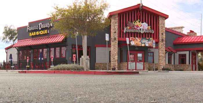 Famous Dave's does quick about-face after health hazard closure