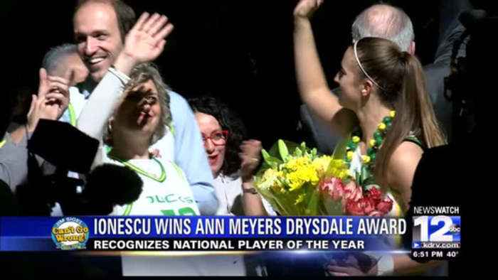 Ionescu takes USBWA National Player of the Year