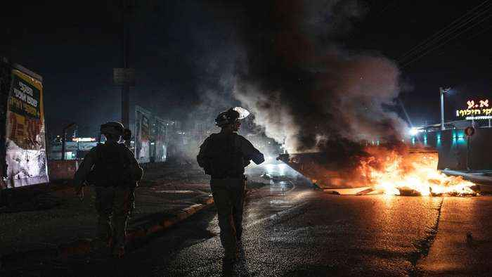 Israeli police 'allowing attacks' on Palestinians: Activist