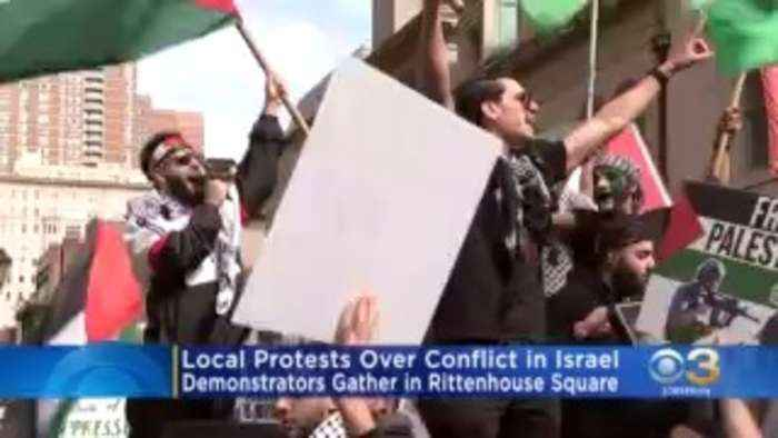 Demonstrators Gather At Rittenhouse Square Over Conflict In Israel
