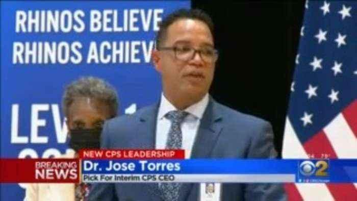 Lightfoot Names José Torres As Interim Chicago Public Schools CEO