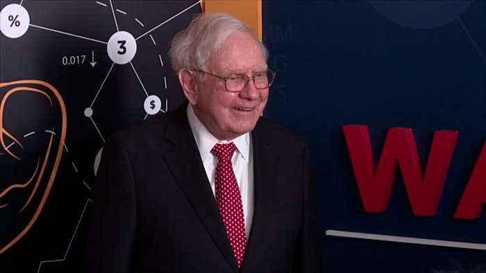 Warren Buffett announces resignation from Bill and Melinda Gates Foundation