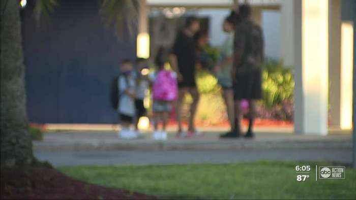 Schools districts letting parents choose if kids quarantine