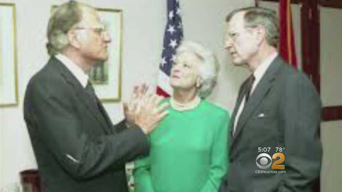 News video: The Nation Mourns The Rev. Billy Graham